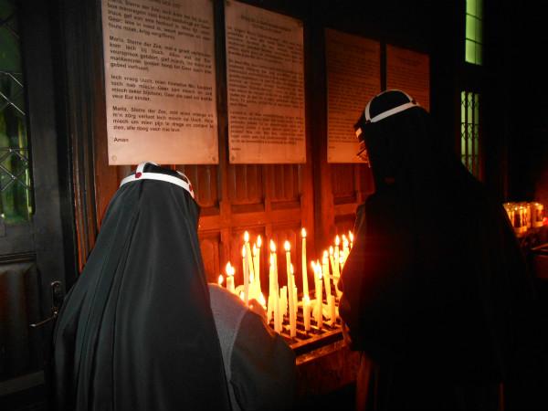 Toewijding Bisdommen aan Onbevlekte Hart van Maria (2017)