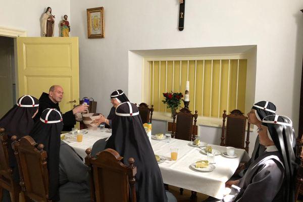 Bezoek Benedictijner Vader Abt Lenglet