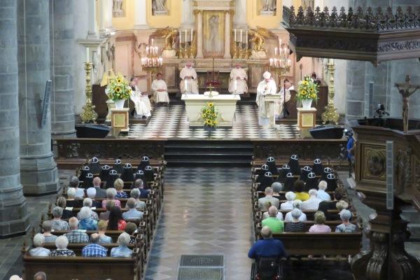 H.Mis in de Sint Martinuskerk te Weert