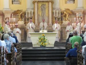 Met dank aan de priesters die konden celebreren tijdens deze H. Mis.
